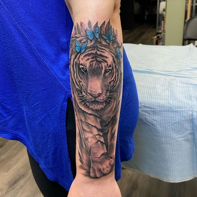 'Tiger with Blue Butterflies' Tattoo