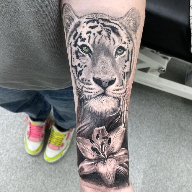 Tiger with a Lily Flower Tattoo
