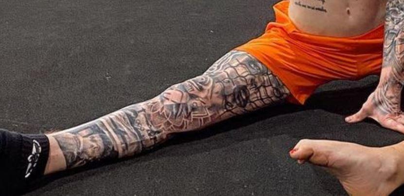Nile right leg tattoos