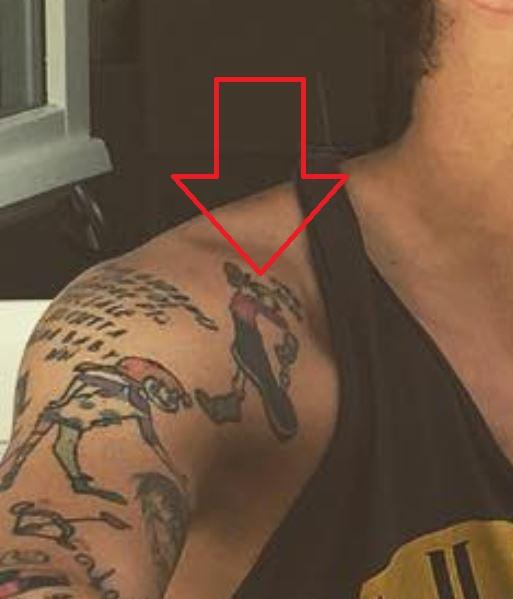 Alessandro shoulder ink