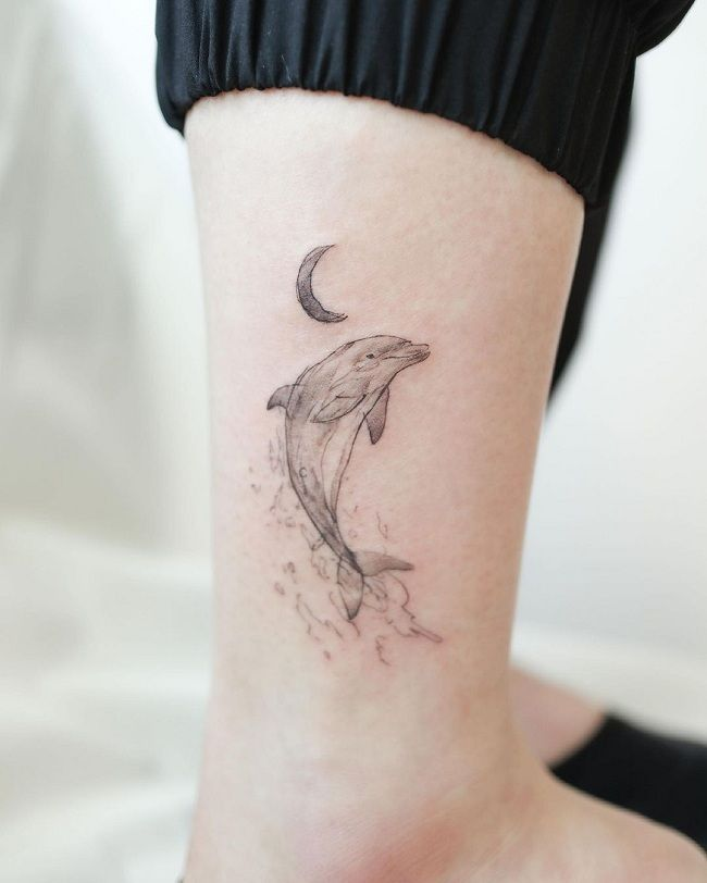 'Dolphin with a Crescent Moon' Tattoo