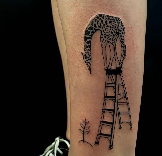 'Giraffe standing on a Ladder' Tattoo