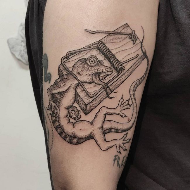 'Lizard trapped in the Mousetrap' Tattoo