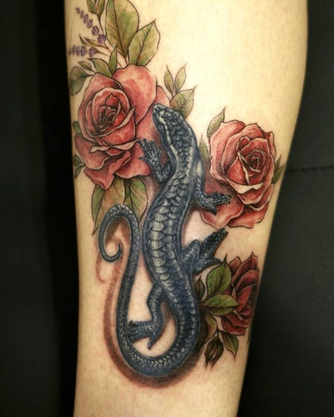 'Lizard with Roses' Tattoo