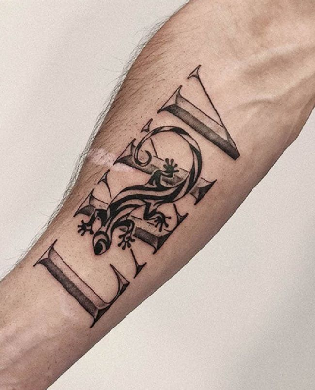 'Lizard with the Roman Number' Tattoo