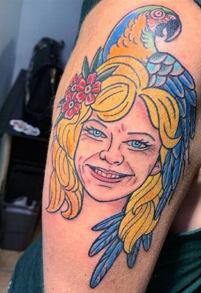 'Parrot sitting on the Girl's Head' Tattoo