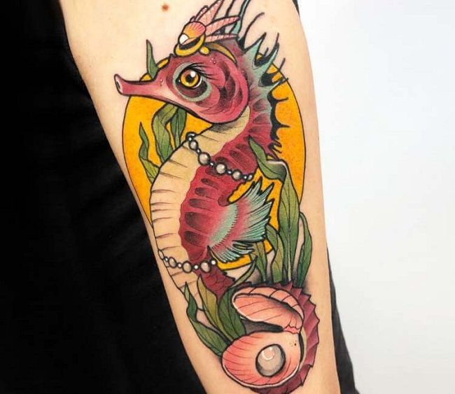 'Seahorse with Pearl' Tattoo