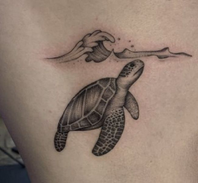 'Turtle with the Wave' Tattoo