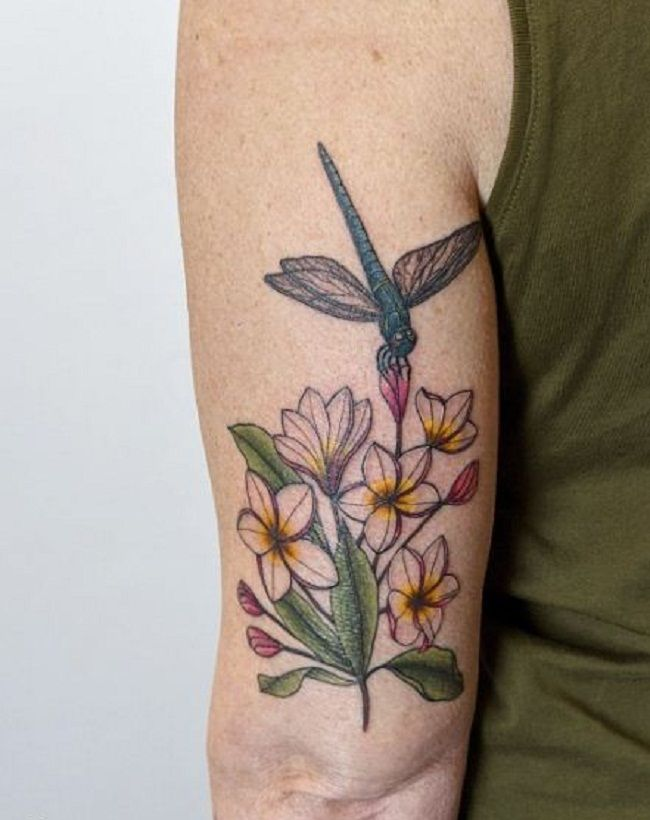 'Dragonfly with Plumerias Flowers' Tattoo