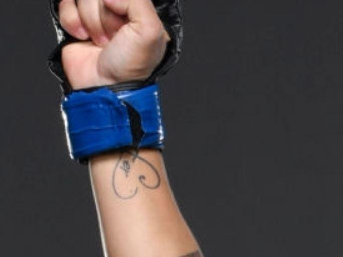 Jessica heart tattoo