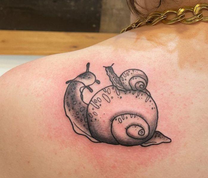 'Mum and Baby Snail' Tattoo