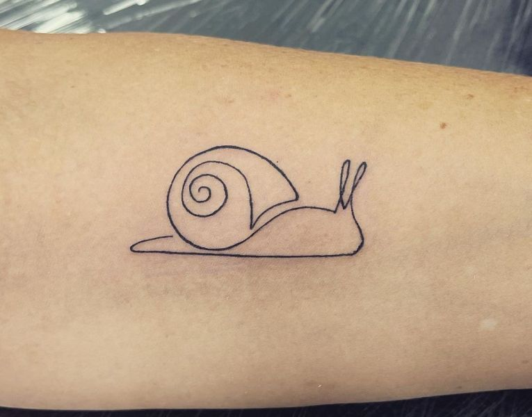 Simple Outlined Snail Tattoo